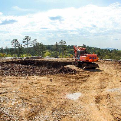 Urejanje parcel, izkopi za objekte
